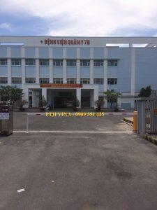 barrier kiểm soát xe ra vào bệnh viện