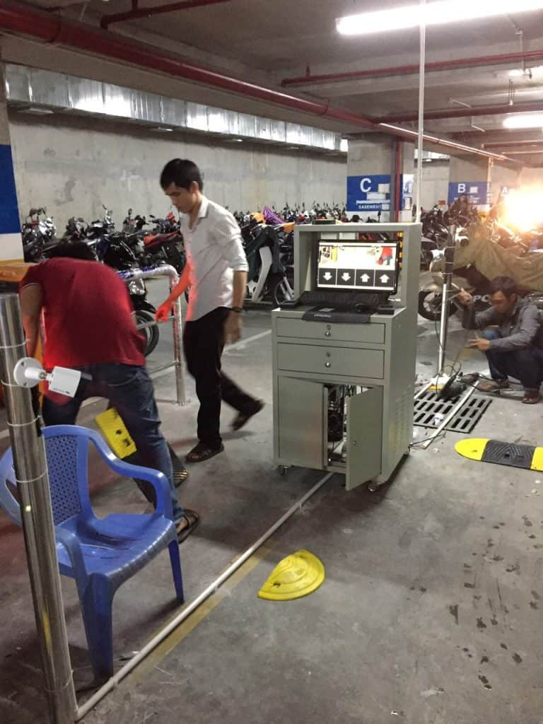 Lắp đặt hệ thống máy giữ xe đa năng
