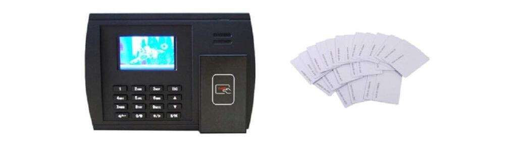 Máy chấm công bằng thẻ từ